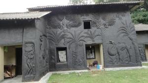 Artistic_mud_house_at_shantiniketan