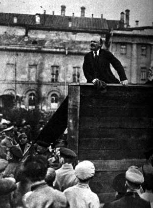 russina-revoluiton-soviet_union_lenin_55